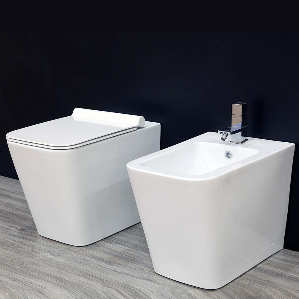 Full sanitari sospesi vaso sedile soft close bidet bianco lucido.